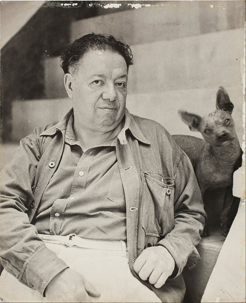 829px-Diego_Rivera_with_a_xoloitzcuintle_dog_in_the_Blue_House,_Coyoacan_-_Google_Art_Project