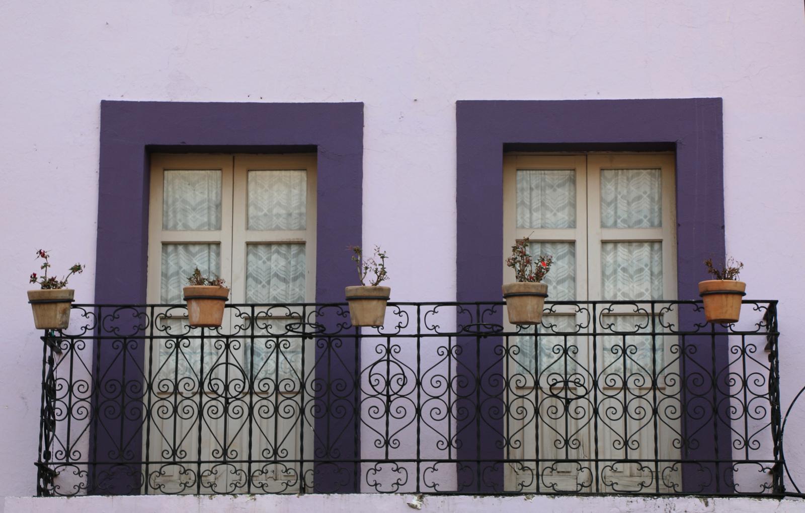 Guanajuato y sus encantadores balcones coqueter a for Balcones minimalistas fotos