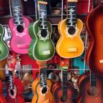 Si algo está lejos de la personalidad del mexicano, es la seriedad, y sus colores son una fiesta.