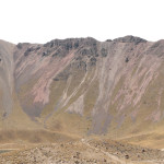 Es un paisaje arenoso, semiárido pero de colores metálicos y rítmicos.