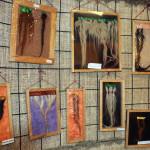 Las muestras de trenzas de duendes en el museo son numerosas, y la meticulosidad con las que están hechas, son memorables.