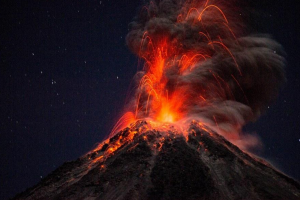 fotos explosión volcán de colima Hernando Rivera Cervantes