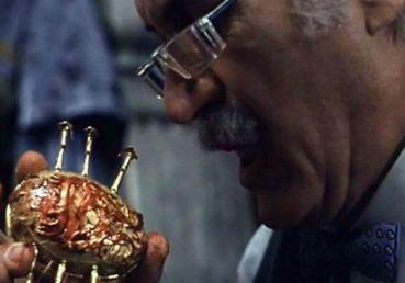 Cronos de Guillermo del Toro