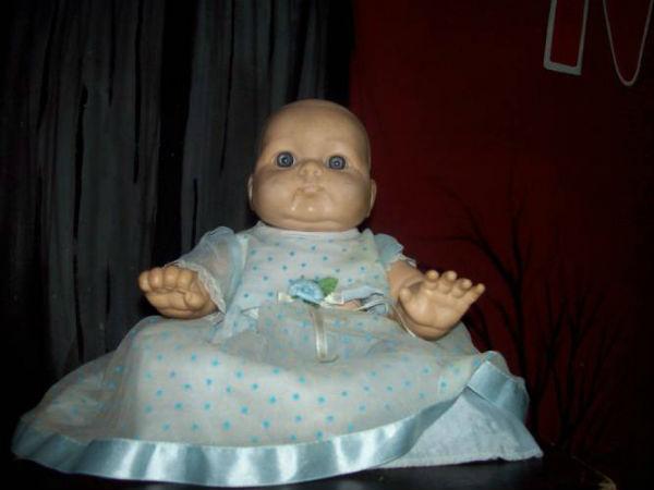 caty muñeca embrujada méxico