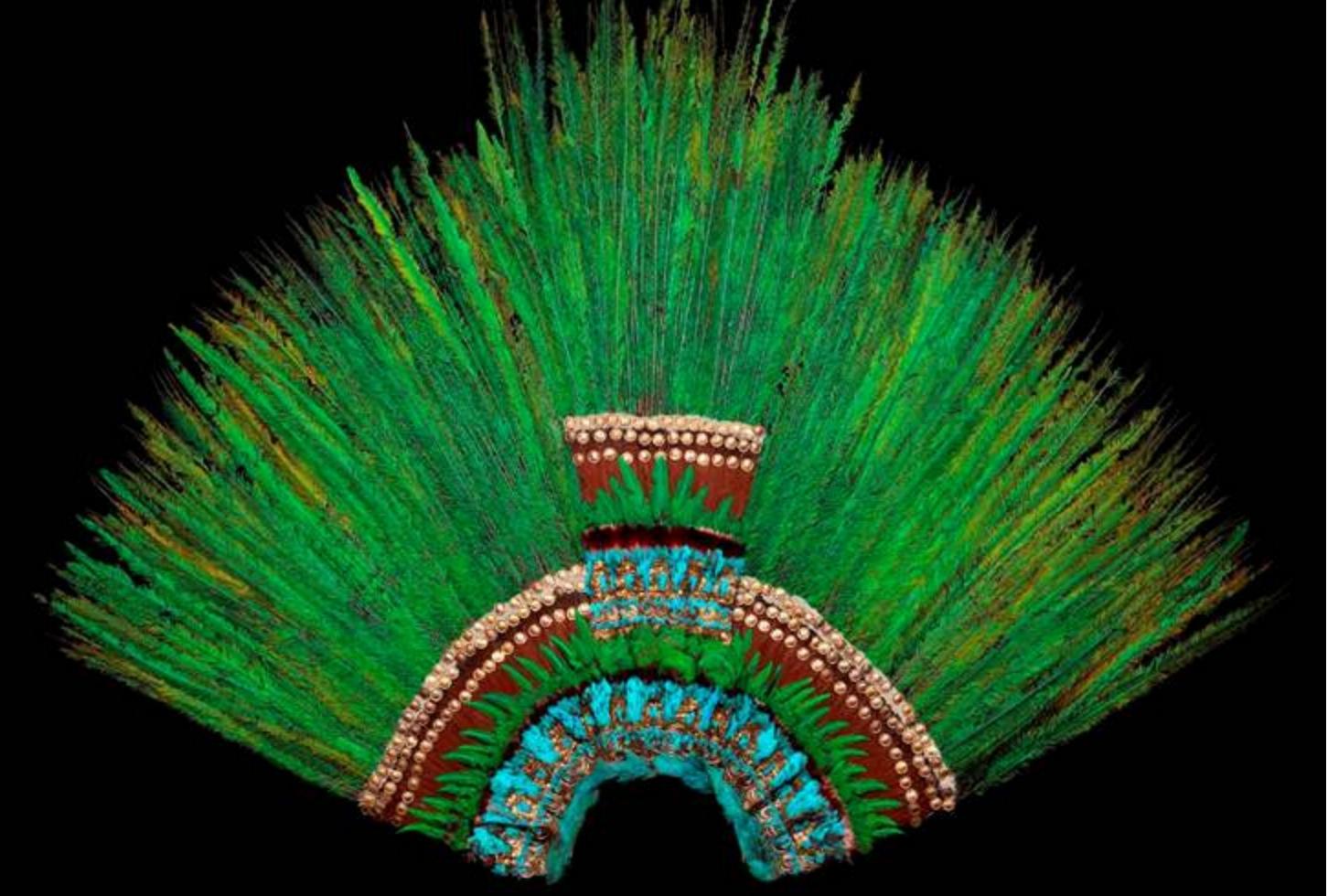 penacho de moctezuma museo de etnología de viena