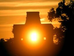 la profunda relación entre el sol y las ceremonias agrícolas mayas