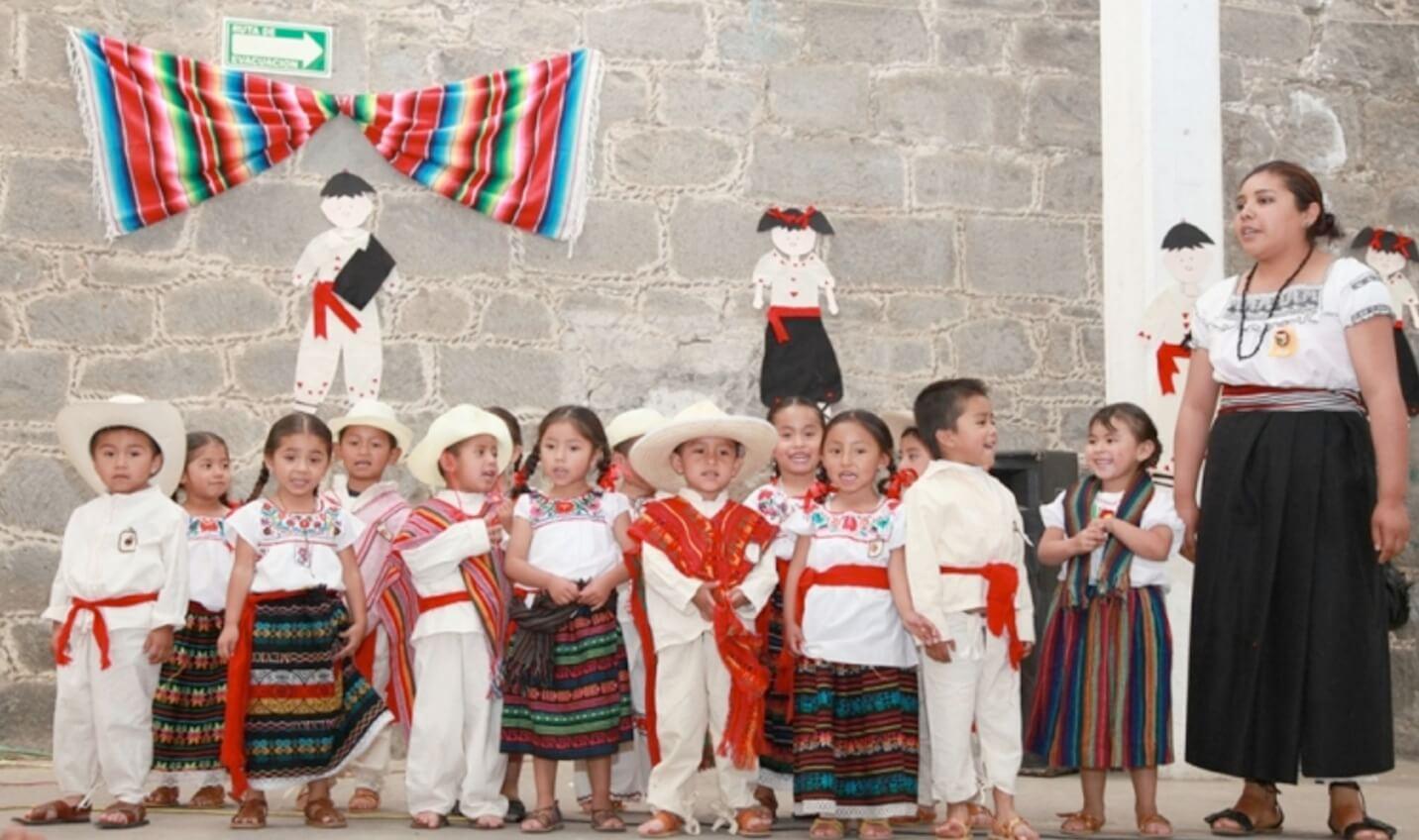 discos canciones náhuatl