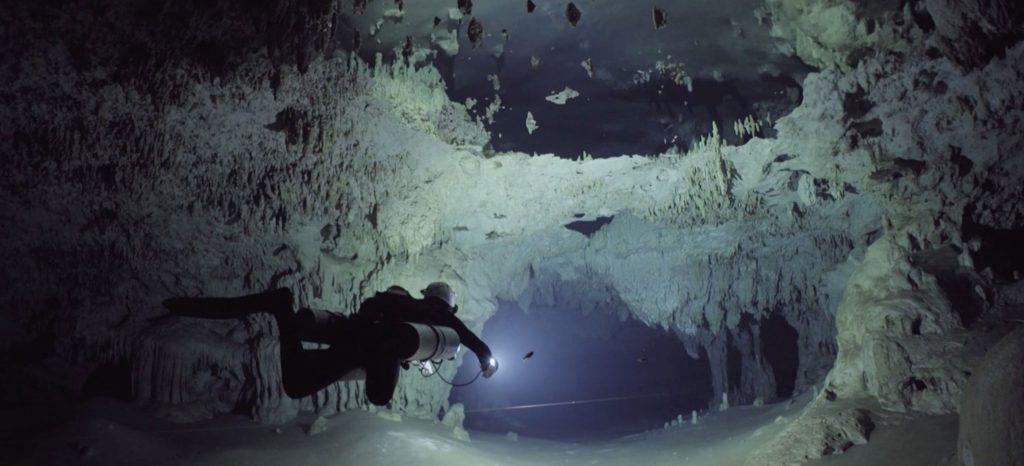 ¿Estás listo para una inolvidable inmersión en este cenote de Yucatán? (VIDEO)
