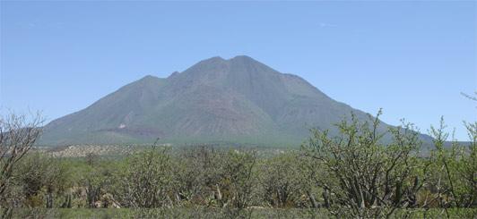 volcán tres vírgenes