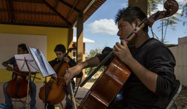 escuela de musica basurero oaxaca