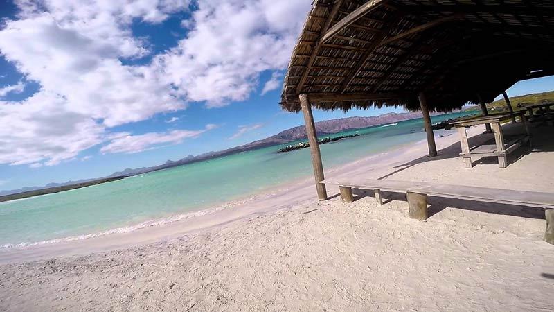 playas-nudistas-mexico-isla-coronado-baja
