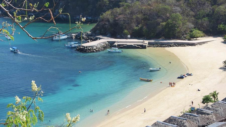 playas-nudistas-oaxaca-yerbabuena