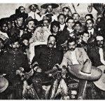 Villa y Zapata en su mítico encuentro en la Ciudad de México. Fotografía de Victor Cassola, el gran fotógrafo de la Revolución.