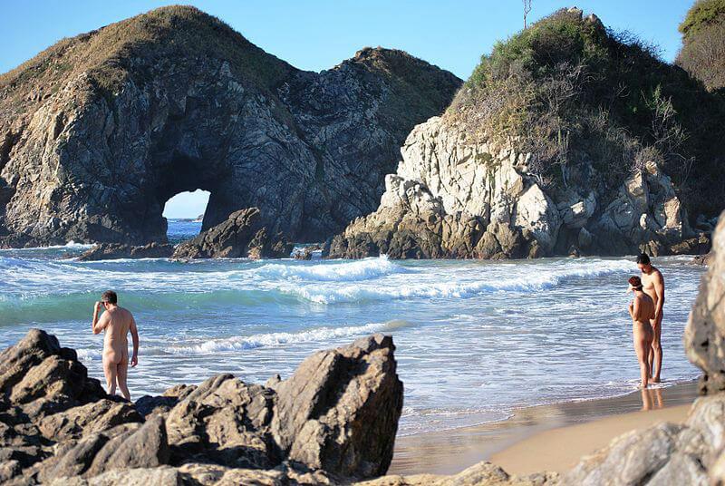 zipolite oaxaca playas nudistas mexico