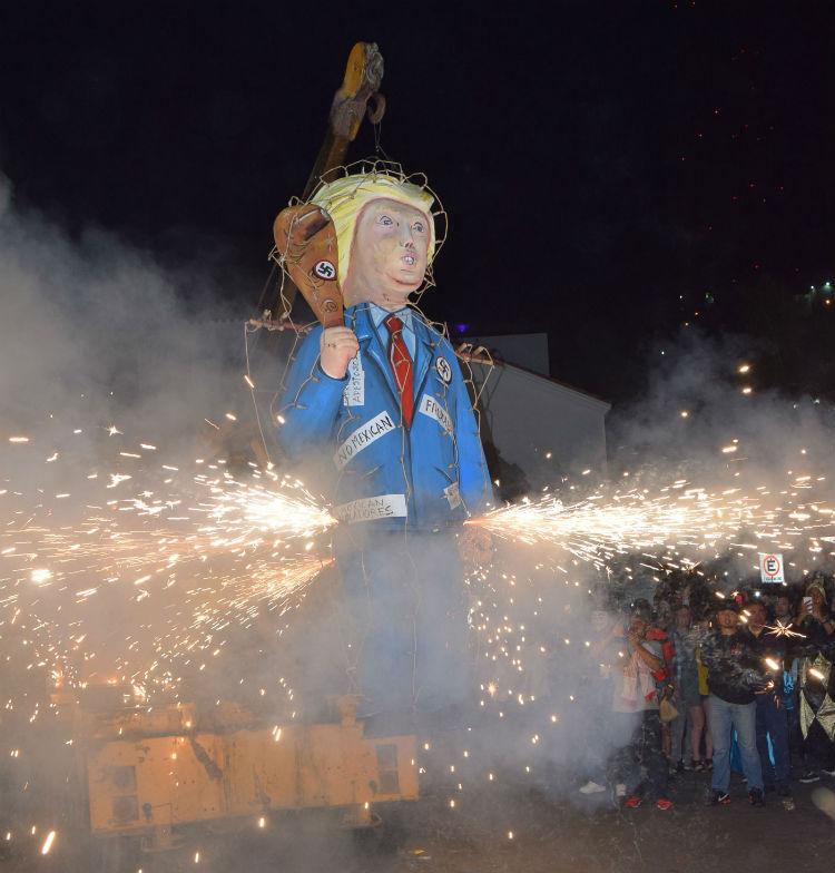 carnaval de mazatlan quema del mal humor