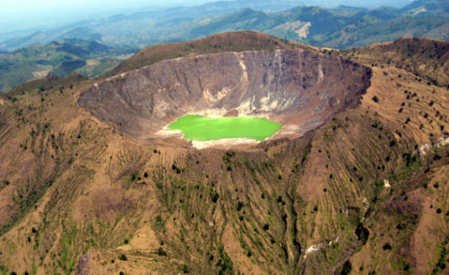 volcan crater chichonal chiapas