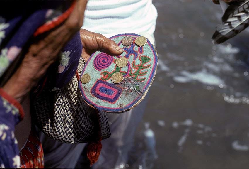 nierika amuletos mexico
