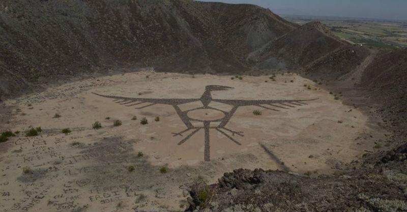 dibujo grafitti volcan cerro crater prieto baja california
