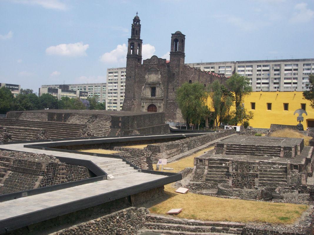 iglesias construidas sobre templos prehispanicos
