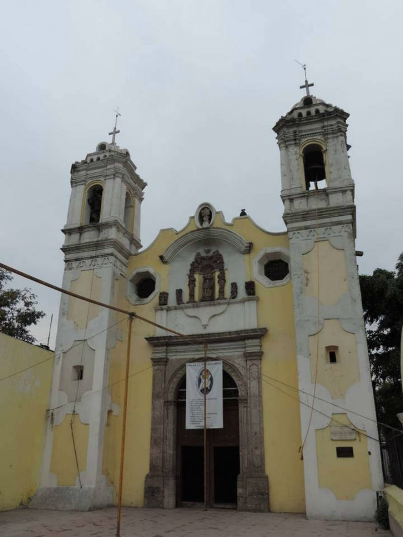 iglesias sobre templos prehispanicos ciudad de mexico