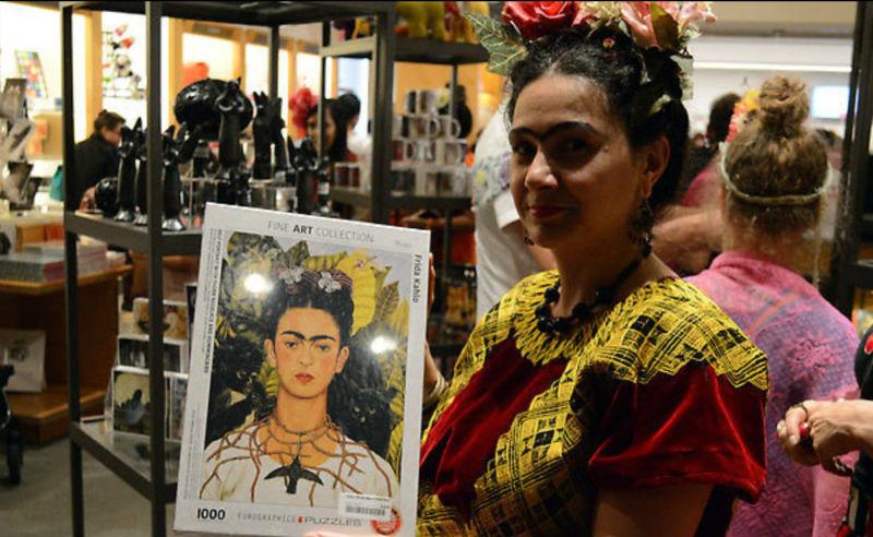record mundial personas vestidas frida kahlo