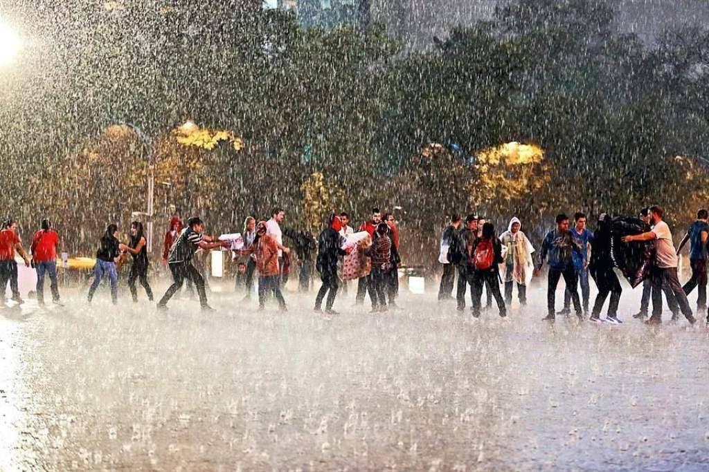 voluntarios-sismo-temblor-mexico-rescatistas-lluvia