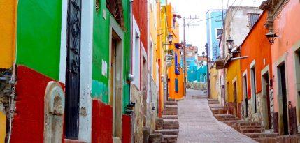 colores-mexico-balcones-guanajuato-colorido