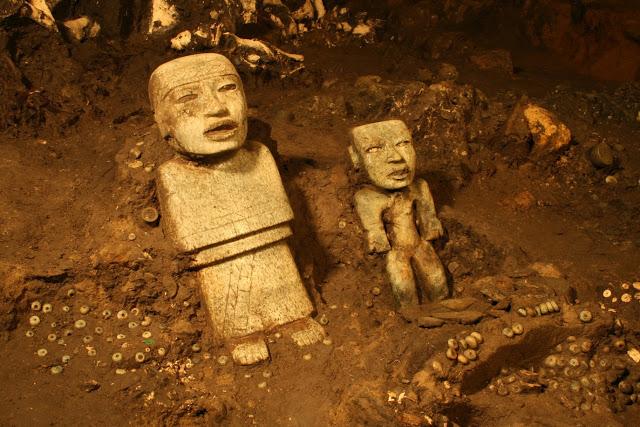 teotihuacan-lagos-mercurio-piramide