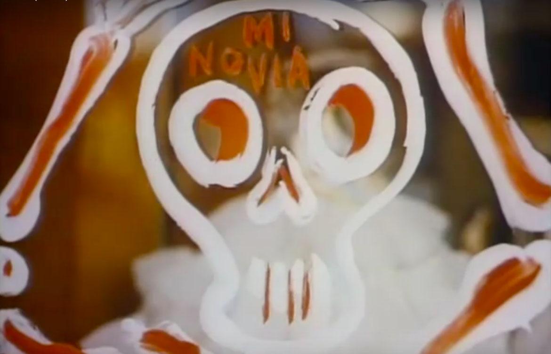 dia-de-muertos-documental-cortometraje-day-fo-the-dead-charles-ray-eames-tradiciones-ofrenda-artesanias-mexico