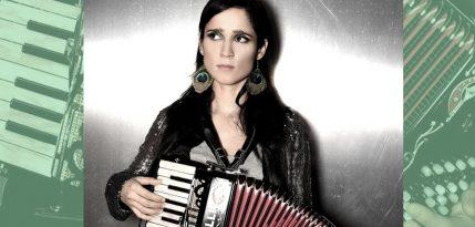 julieta-venegas-radio-playlist-nuevo-disco-5