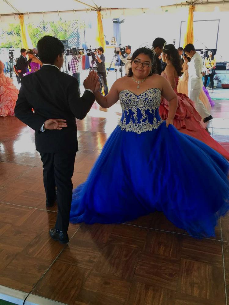 mexico-quinceaneras-vestidos-fiestas-tradiciones