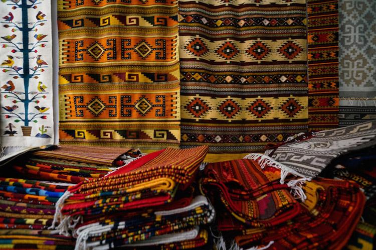 plagio-disenos-artesanos-textiles-mexicanos-indigenas