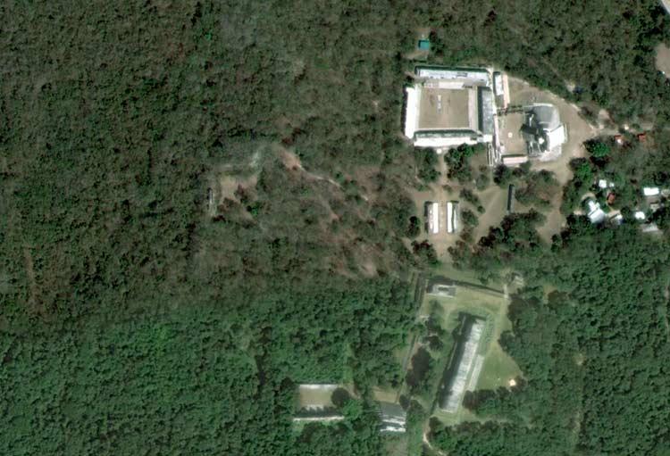 uxmal-zona-arqueologica-aerea-foto-piramide