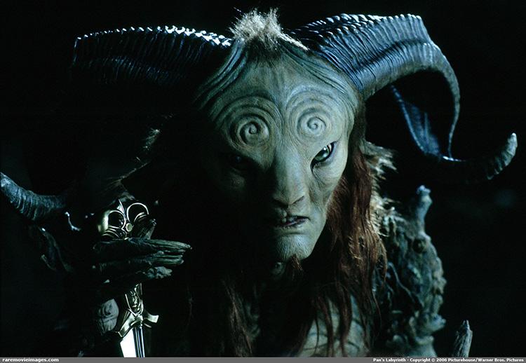 guillermo-del-toro-monstruos-peliculas-cine-mexicano-6