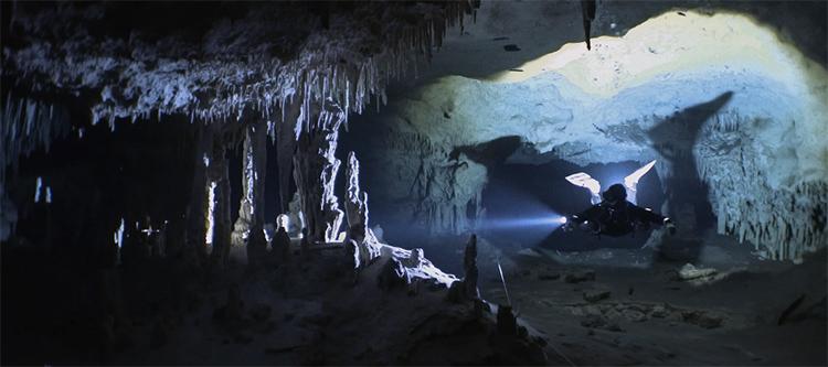 cueva-subacuatica-mas-grande-del-mundo-nohoch-nah-chich