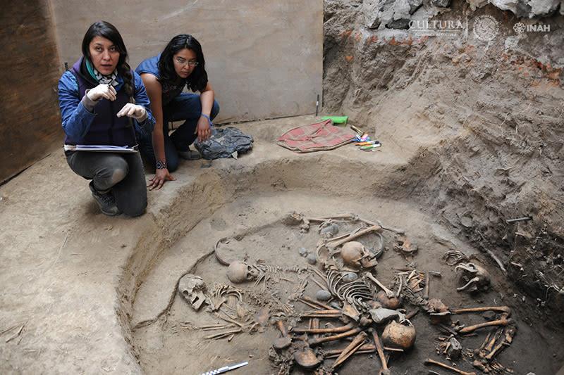 entierro-espiral-tumba-tlalpan-mexico