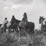 ¡Ya llegó el terror apache!: la historia del sanguinario jefe Victorio