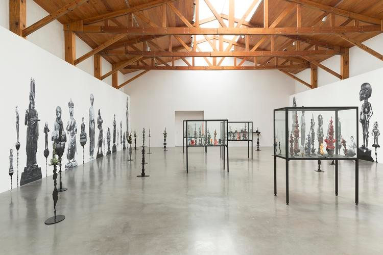 mexico-arte-contemporaneo-artistas-criticos-politicas-apoyos-kurimanzutto
