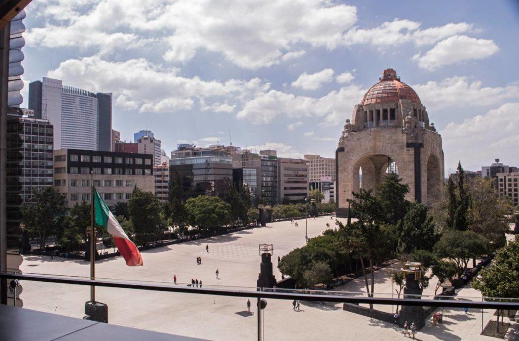 migrantes-mexicanos-deportados-comunidad-little-la-apoyar-ayudar
