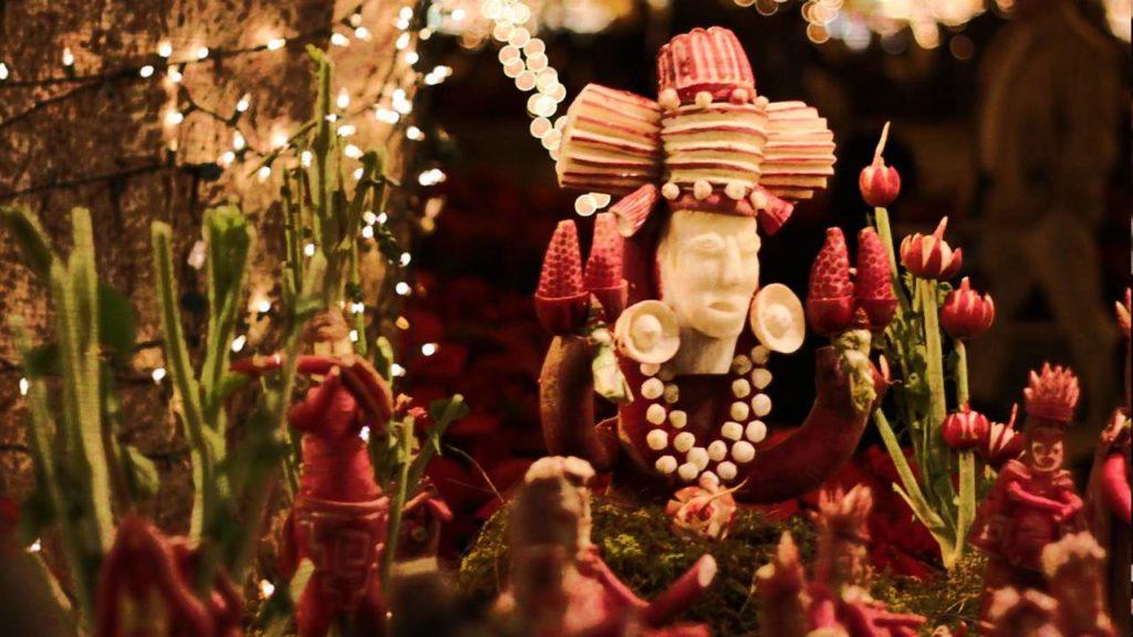 mexico-fiestas-tradiciones-extranas-raras-navidad-noche-rabanos-oaxaca