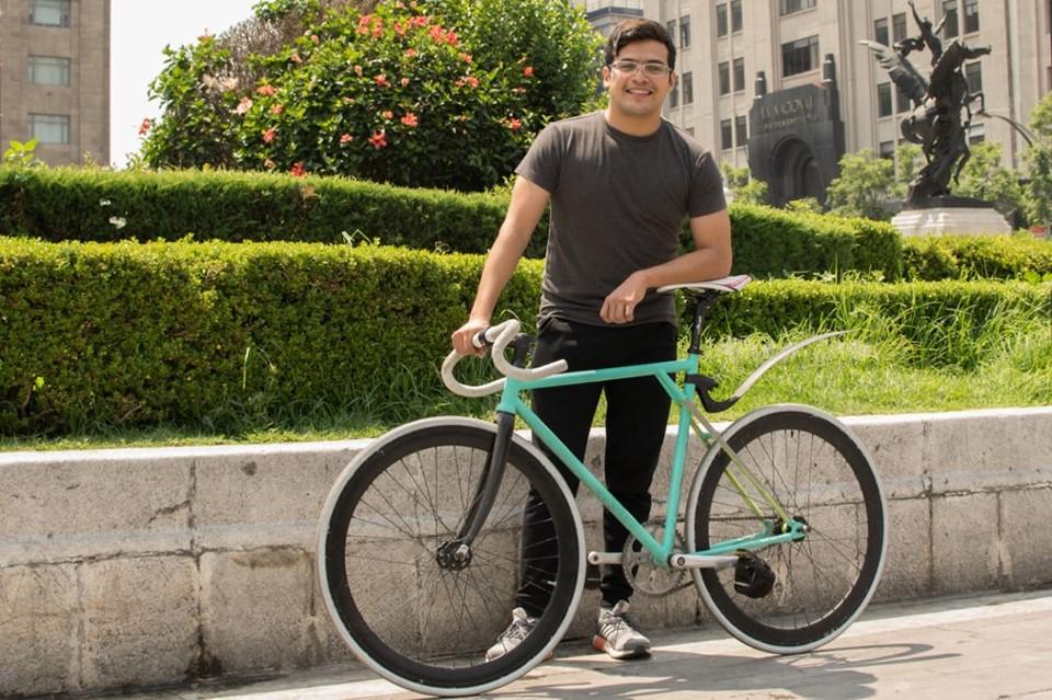 doctor-bicicleta-bici-atencion-gratuita-campeche-mexico-proyecto-comunitario