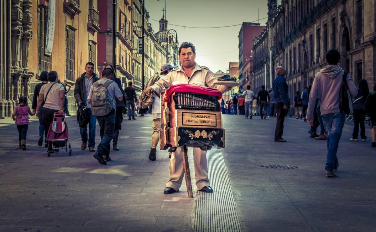 sonidos-de-mexico-mexicanos-organillero-fierro-viejo