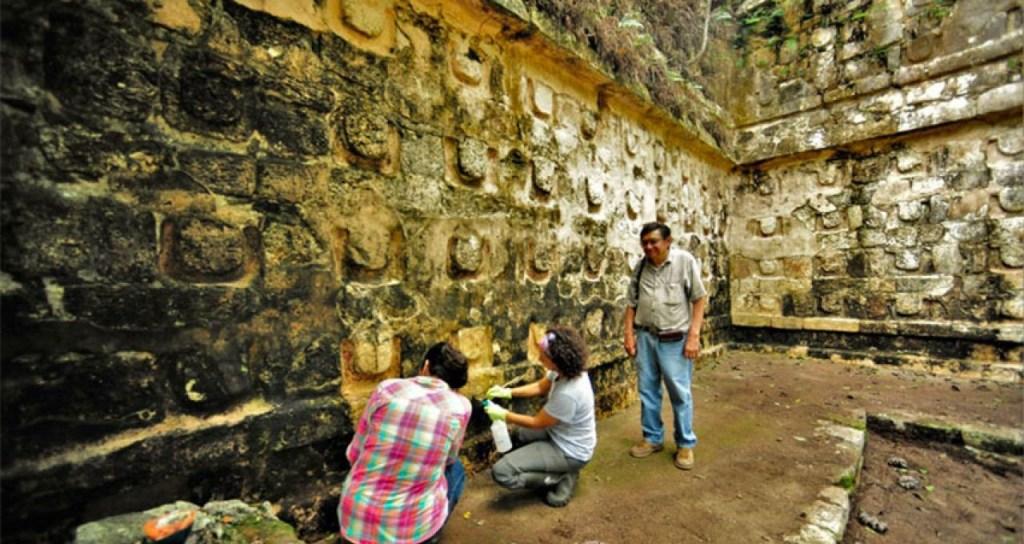 Kuluba-Palacio-Maya