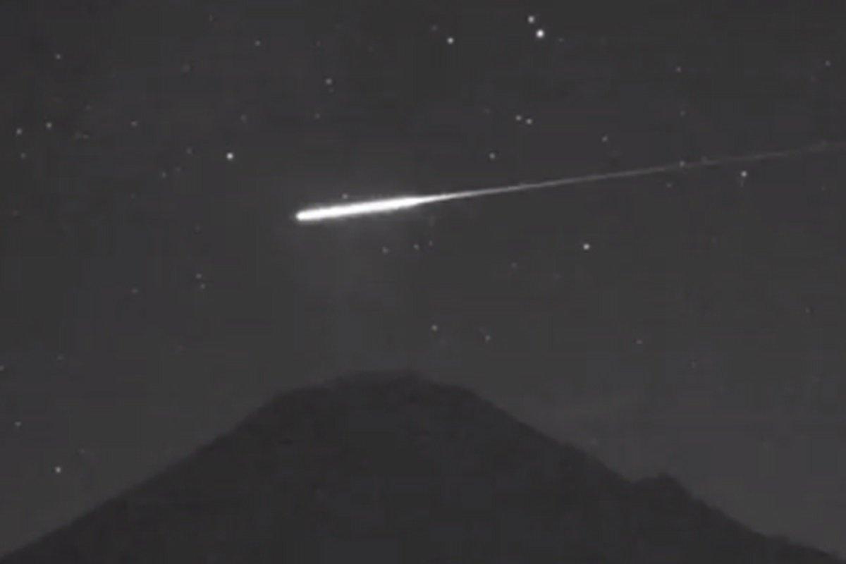 meteorito-puebla-cdmx-2020-mejores-videos
