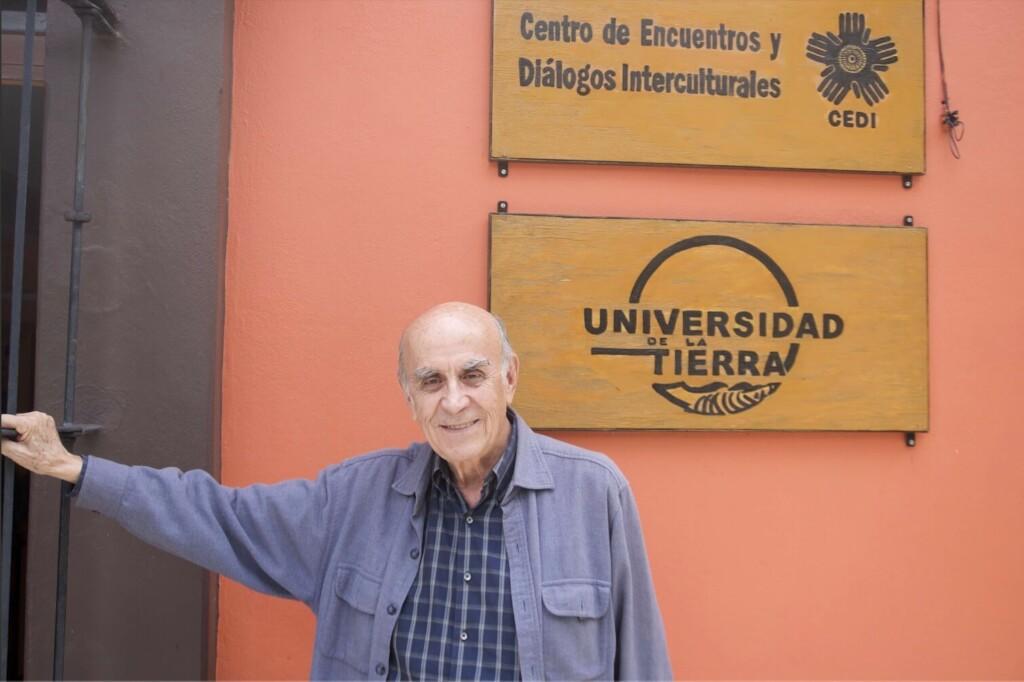 gustavo-esteva-universidad-tierra-oaxaca-comunidades-reflexion